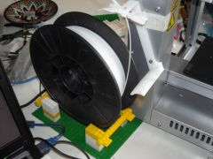 UP! Lego spool holder